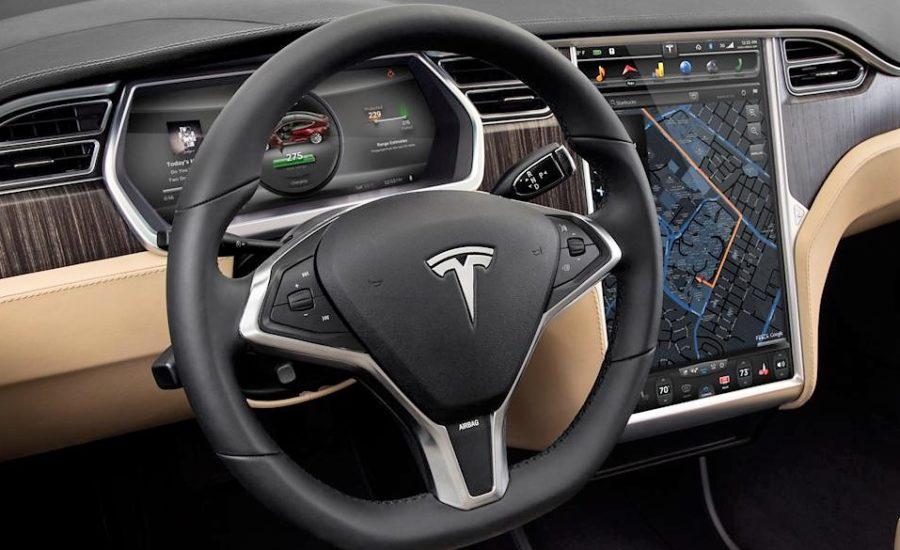 tesla-model-s-dash-steering-wheel-centre-screen