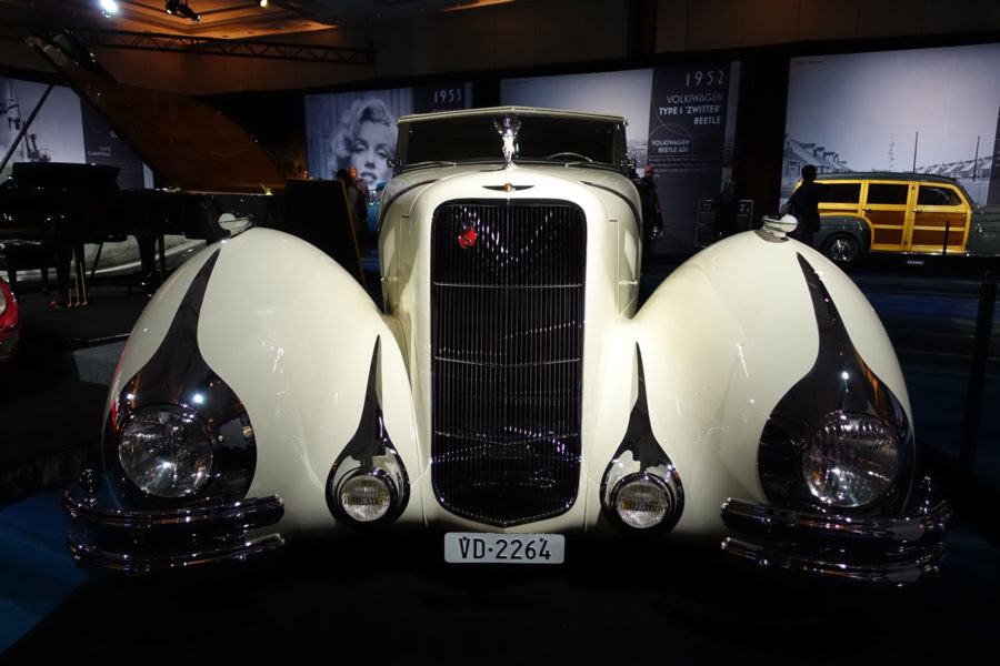 Classic Cars at the Toronto Auto Show 2019