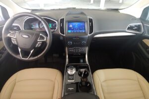 2020 Ford Edge Drivers Side