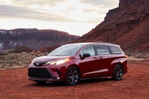 2021 Toyota Sienna Hybrid Minivan