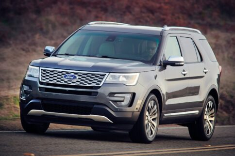 Most Efficient 4 Year-old Mid-size 3 Row SUV's